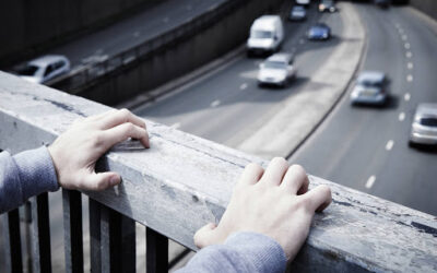 Samobójstwa i myśli samobójcze – przyczyny i pomoc