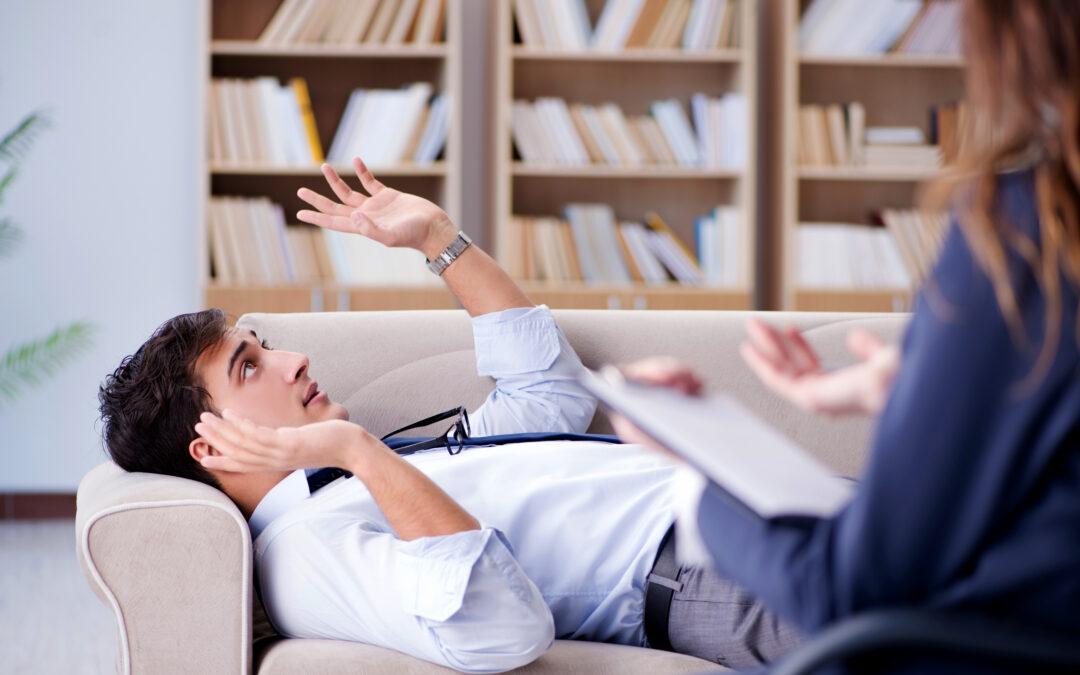 Kiedy mam pójść do psychiatry, a kiedy do psychologa?